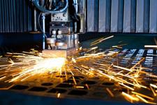 Řezání kovů laserem a dělení materiálu plazmou