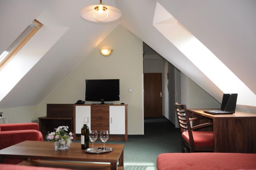 Ubytování Lednicko valtický areál, Valtice, Hotel Apollon