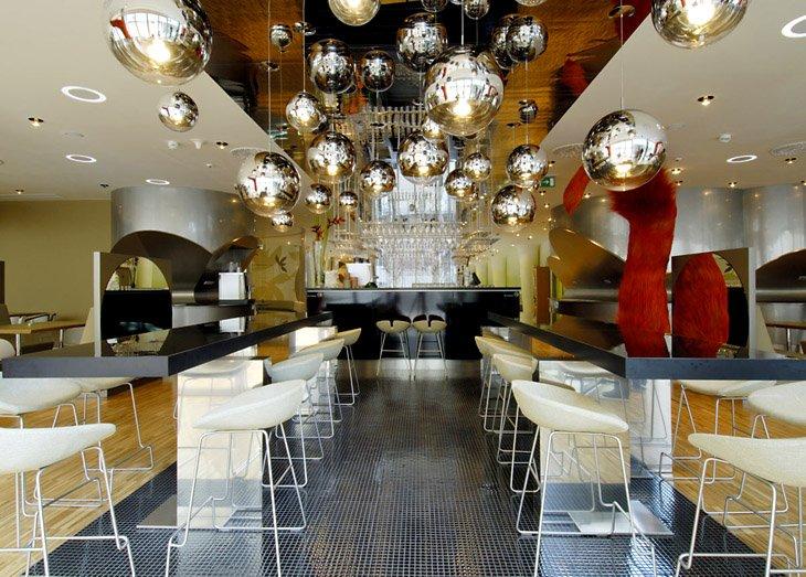 Zakázková výroba nábytku Zlín pro hotely, restaurace, bary, prodejny, penziony