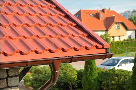 Okapový systém na všechny typy střech, odolné okapy Ruukki Šumperk
