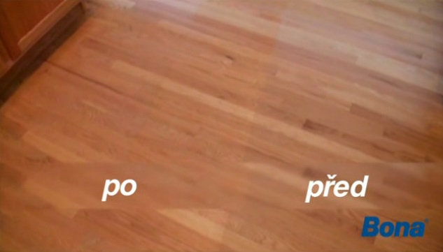 Vyčištění dřevěné podlahy