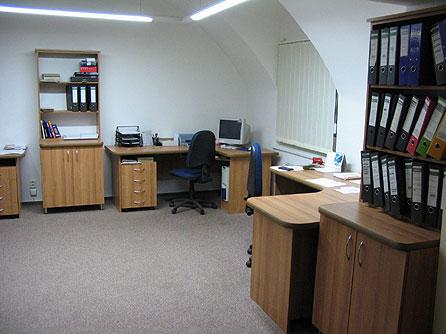 Výroba interiérového, komerčního a kancelářského nábytku Přerov
