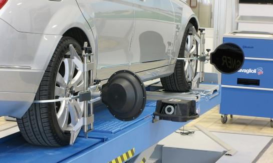 Kontrola sbíhavosti - 3D geometrie kol pro bezpečnost a pohodlí vaší jízdy