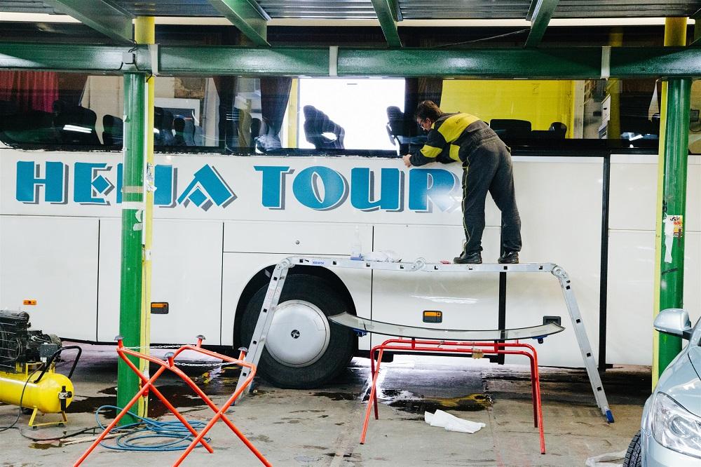 Specialista na výměny autoskel autobusů - Autosklo servis CZ, Praha