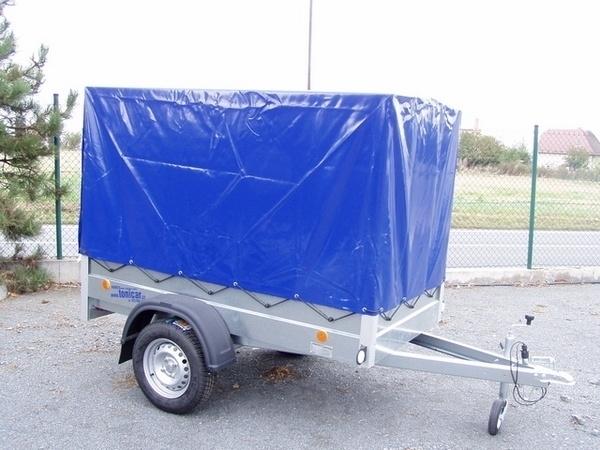 Solární plachty na přívěsné vozíky