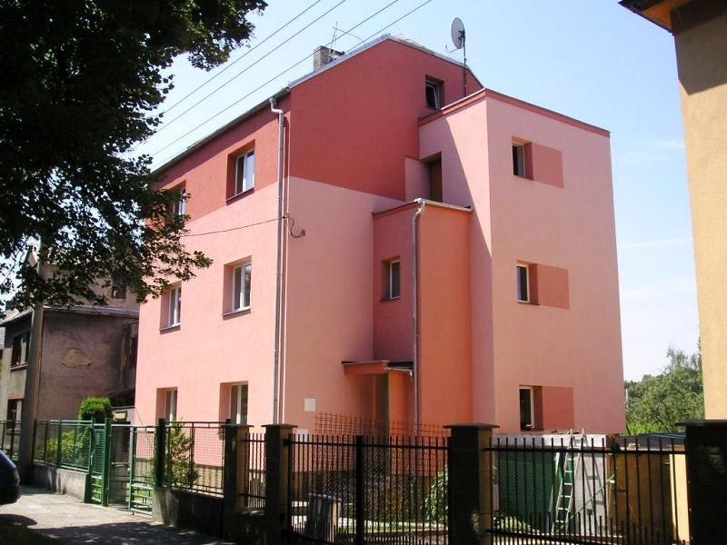 Zateplení a rekonstrukce panelových, rodinných domů, RD Ostrava