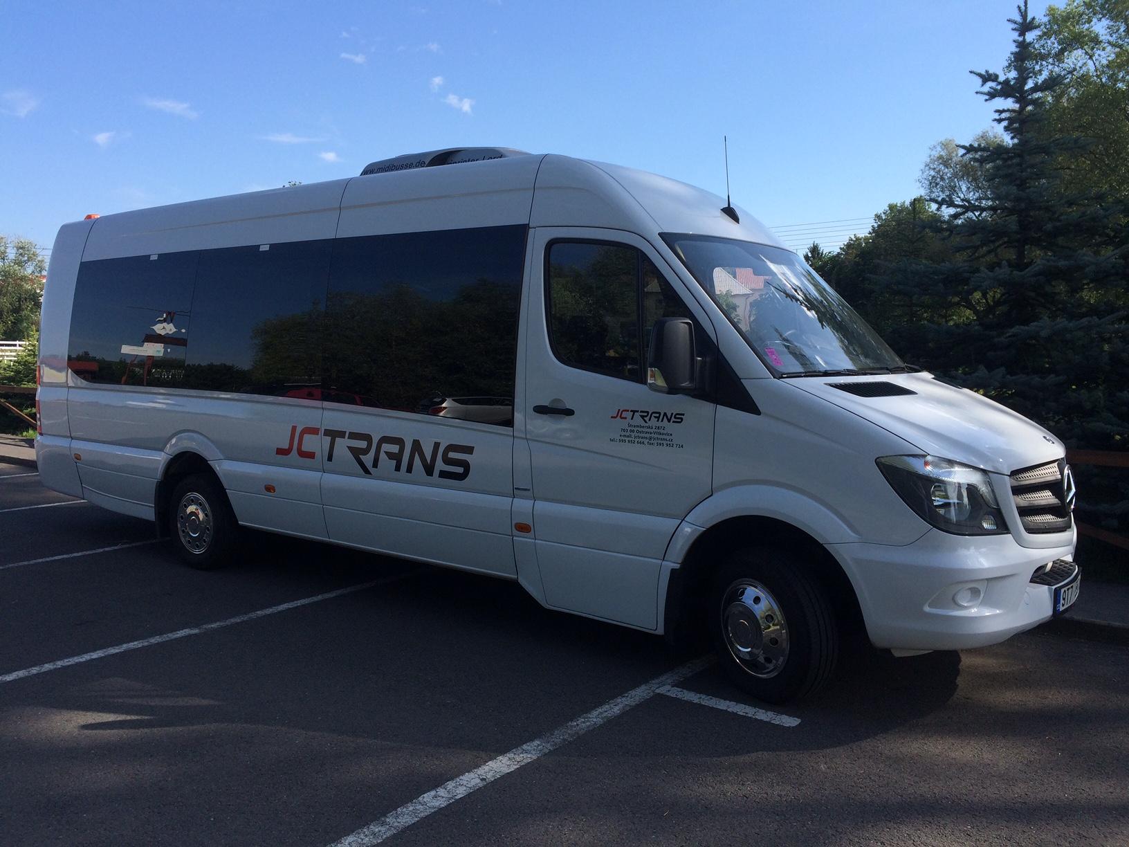 Mikrobus na zájezd i do zahraničí