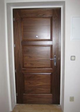 Bezpečnostní dveře zlín