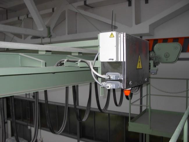 Elektrické mostové jeřáby s hákem, drapákem, traverzou Zlín