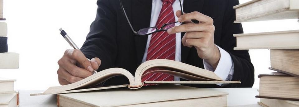 Sepsání kupní, darovací, nájemní smlouvy, dohody o narovnání, ověřování podpisů