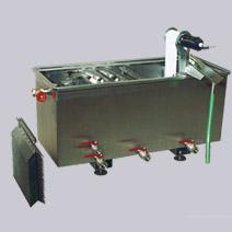 výroba sběrače olejů Šumperk