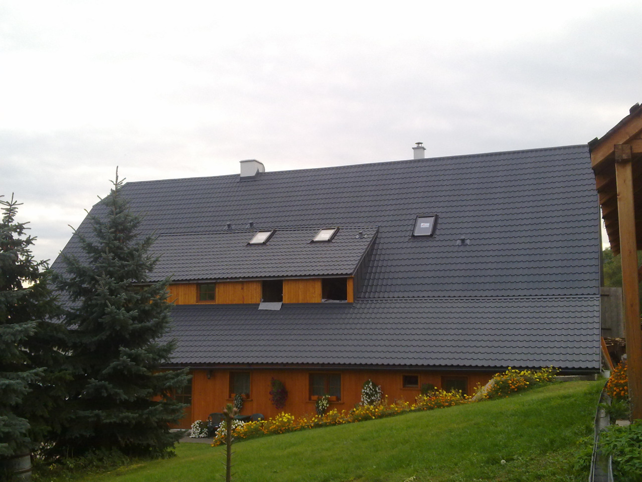 Pokrývačské práce, montáž střešních krytin - sezónní slevy