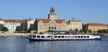 Akce na parnících a lodích Praha