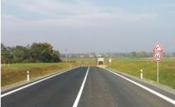 Rekonstrukce, stavba silnic, zpevněných ploch, parkovišť Zlín