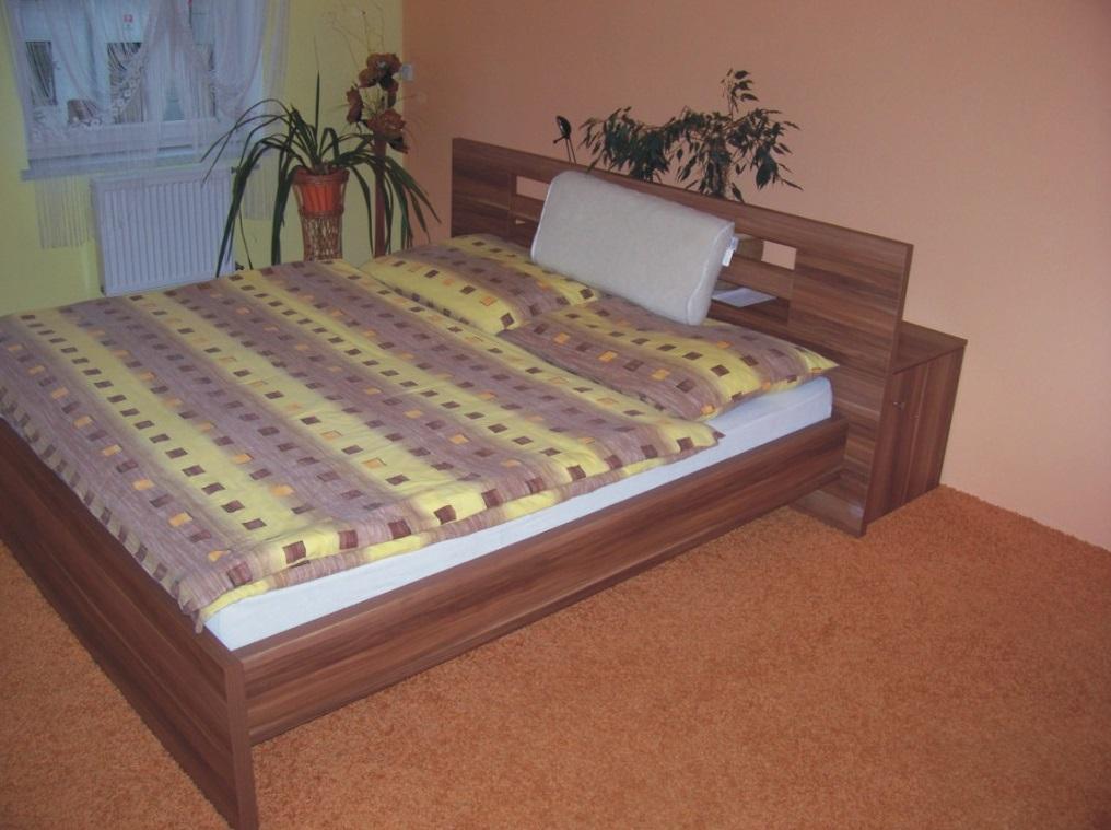 Výroba kvalitní dřevěné postele