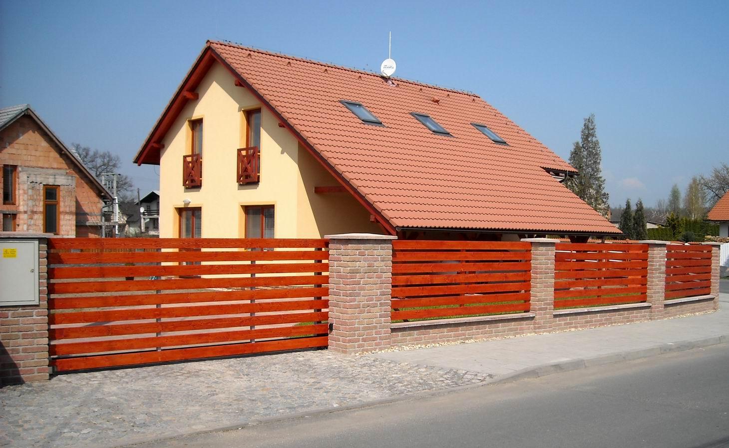 Výroba dřevěné ploty, prodej plotovky, Praha, Hradec Králové