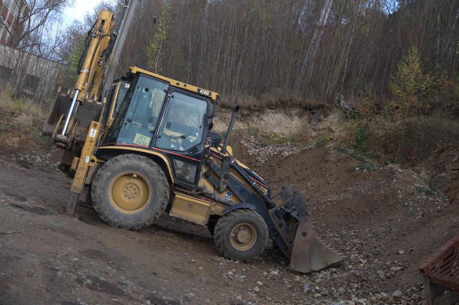 Zemní, výkopové a demoliční práce, pronájem zemních strojů Třebíč