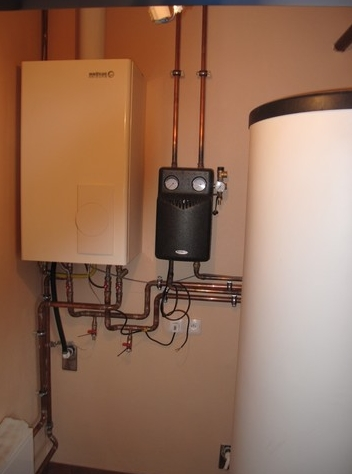Plynový nebo elektrický kotel