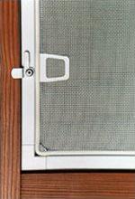 Sítě proti hmyzu do plastových oken