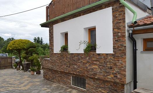 obklady stěny z přírodního kamene