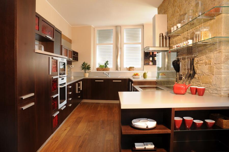 Kompletní výroba, dodávka kuchyňských linek, interiérů - dlouholetá tradice