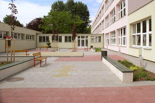 realizace školní zahrady