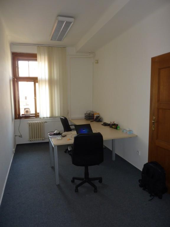 Malé kanceláře na skvělé adrese!