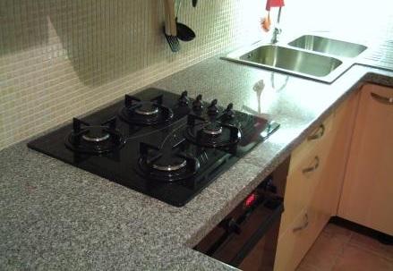 Kamenné obklady - kuchyňská deska