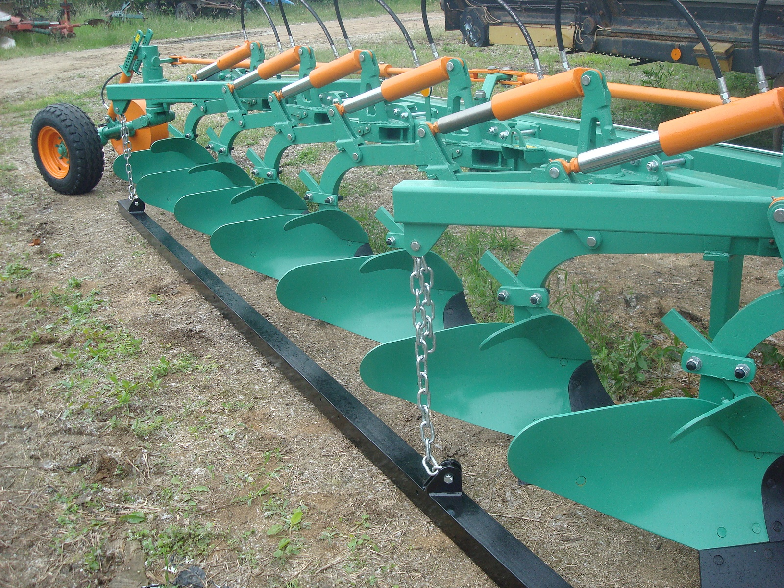 Zemědělské stroje pro farmáře Židlochovice