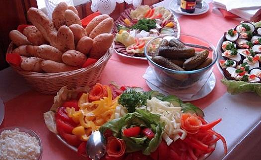 Catering - občerstvení na svatby i firemní akce bez starostí
