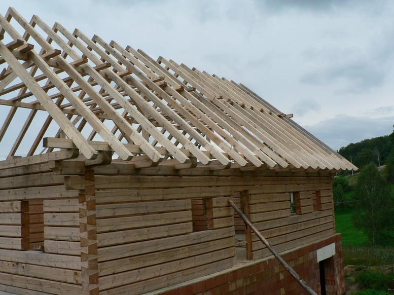 Výškové práce, pokrývačské a tesařské práce, opravy střech Liberec