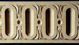 Lišty z masívneho dreva, originálne vyrezávané lišty