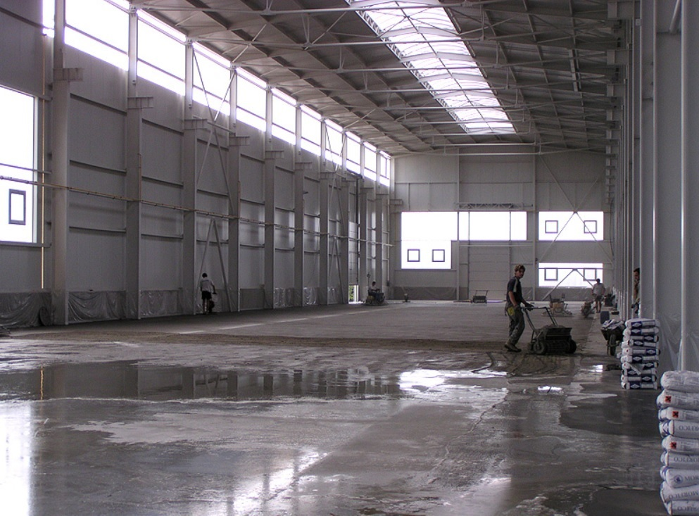 Beton pro průmyslové podlahy - FLOORCRETE snadná úprava