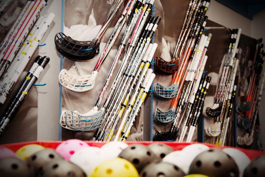 Eshop, prodej florbalové vybavení Ostrava, hokejky, oblečení, florbalky