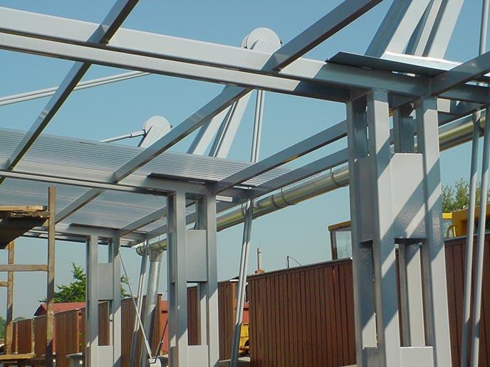 Zakázková výroba kovových materiálů, ocelových konstrukcí