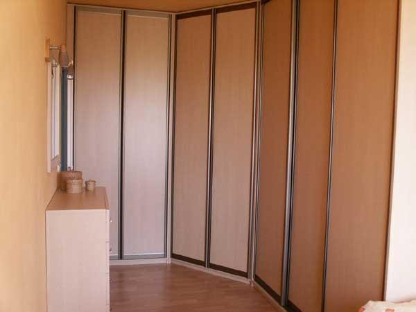 Zařízení pro soukromé byty, kuchyně, domy, banky, hotely