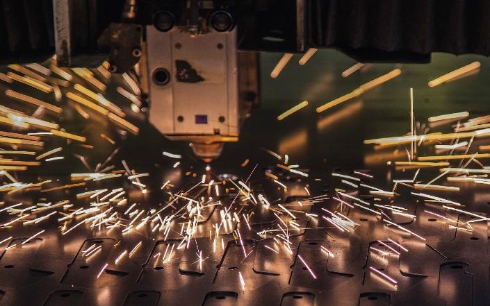 Profesionální kovovýroba - lisování plechů a řezání laserem