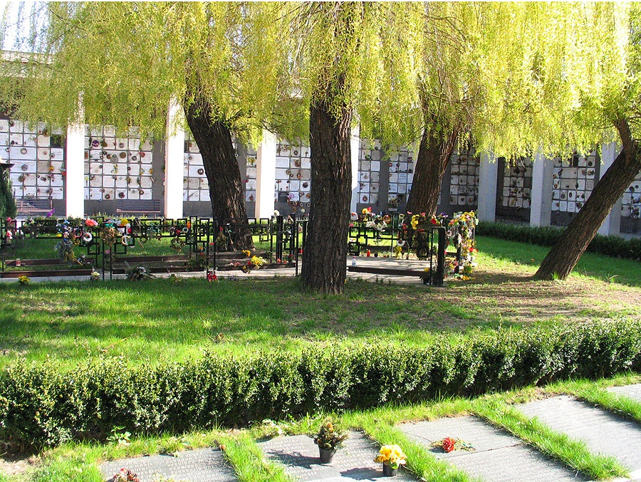 Vlídný přístup přo objednání pohřbu - Pohřební ústav hl. m. Prahy