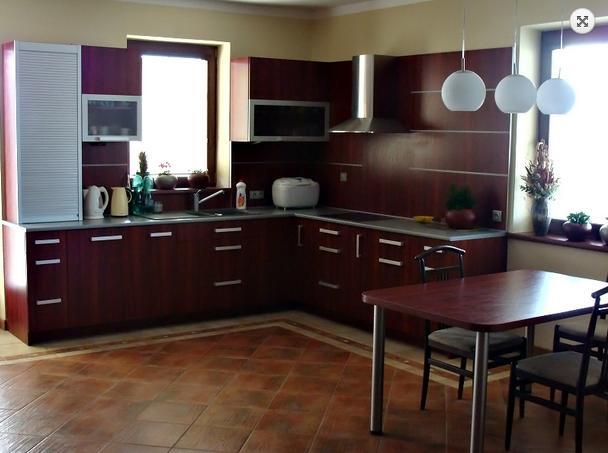 Moderní kuchyně, kuchyňské linky-realizace na míru, rekonstrukce