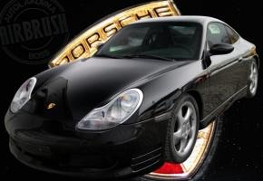 Profesionální lakovaní automobilů ve speciálním boxu WEIMANN oživí vzhled každého automobilu