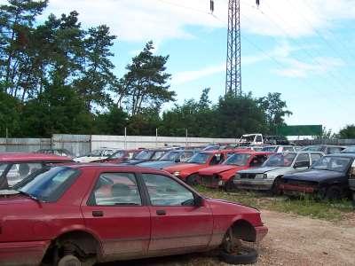Ekologická likvidace autovraků, autovrakoviště Hodonín, jižní Morava