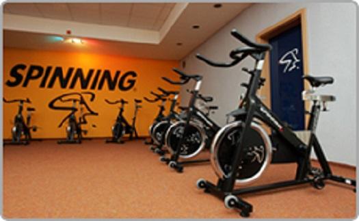 Sportovní centrum - squash, badminton, spinning, power plate