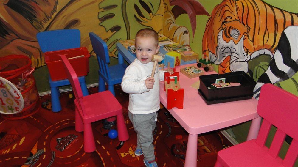 Rodinná cukrárna a kavárna s hracím dětským koutkem