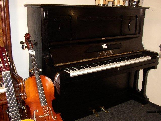 Renovace, opravy a ladění pian u zákazníků doma