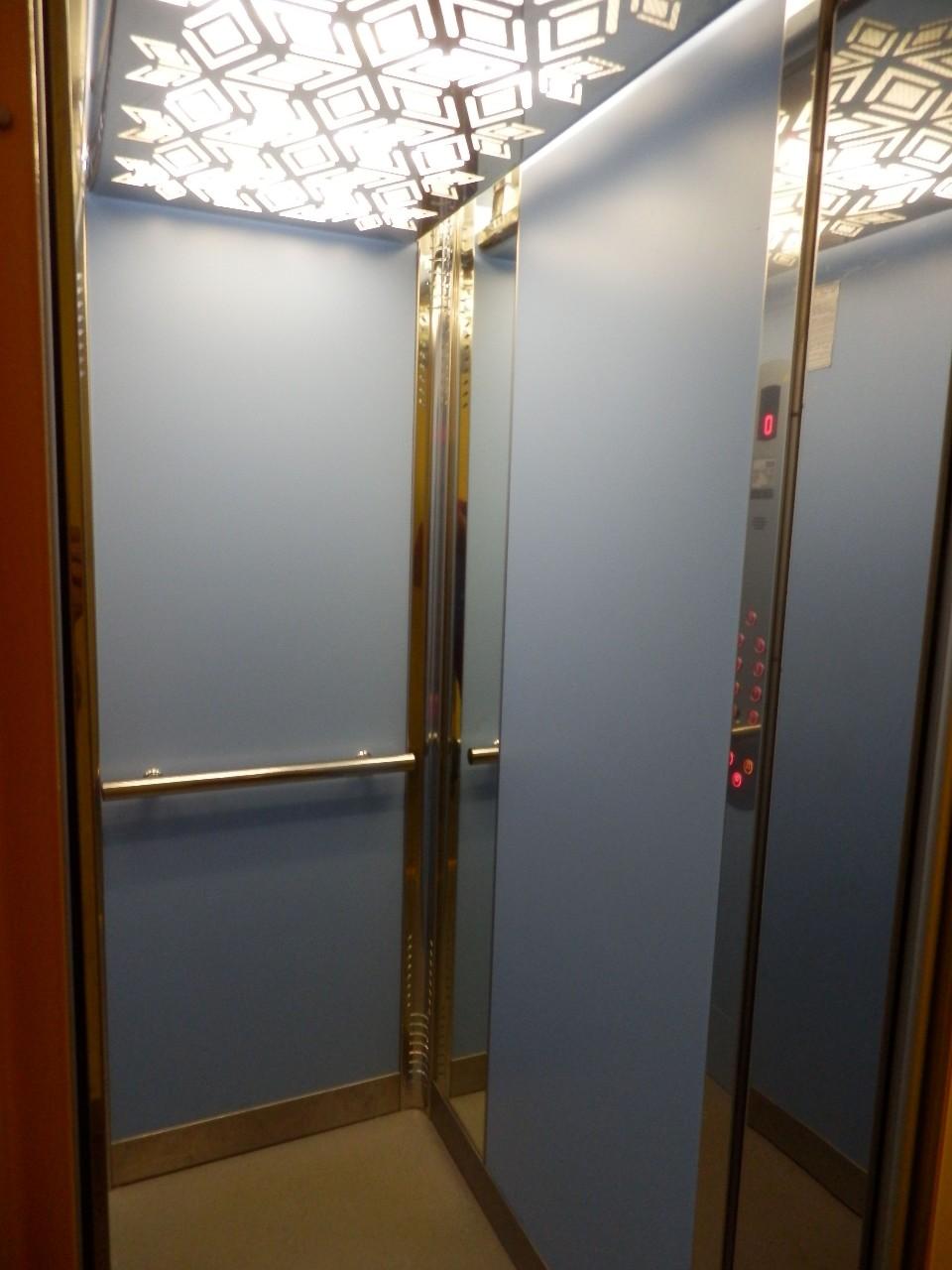 Revize a servis výtahů, odborné prohlídky zdvihacích zařízení