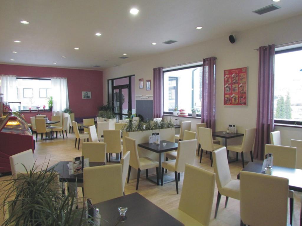 Cukrárna Olomouc - salonek, prostory pro rodinnou, dětskou oslavu