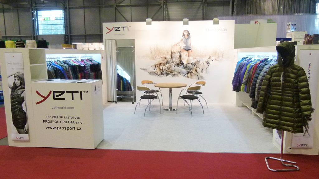 Módní kolekce péřového oblečení YETI