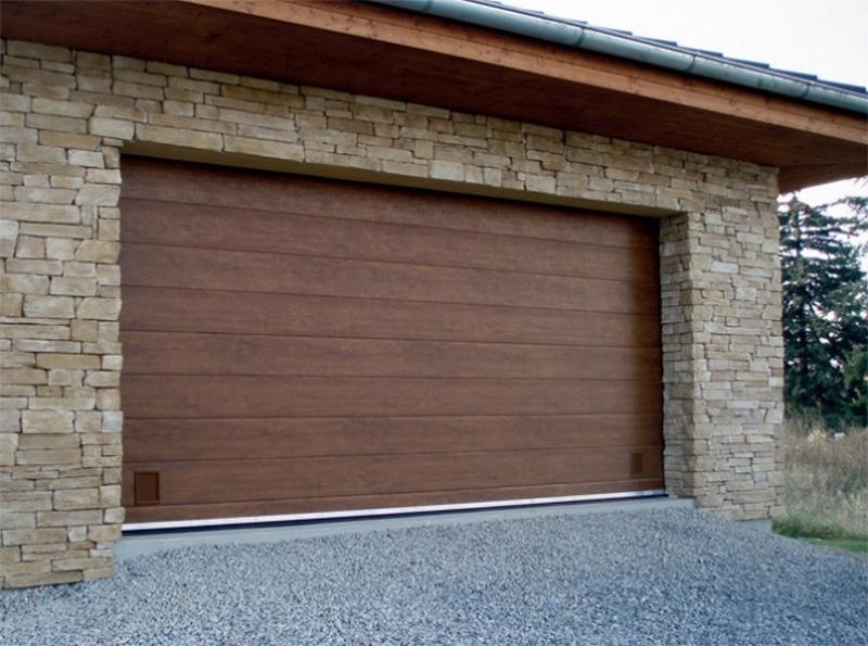 Dodávka, montáž sekční garážová vrata Trido - pro všechny typy garáží