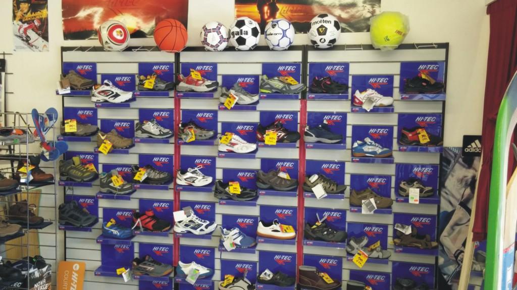 Prodej sportovní obuvi, oblečení, rybářské potřeby Zábřeh