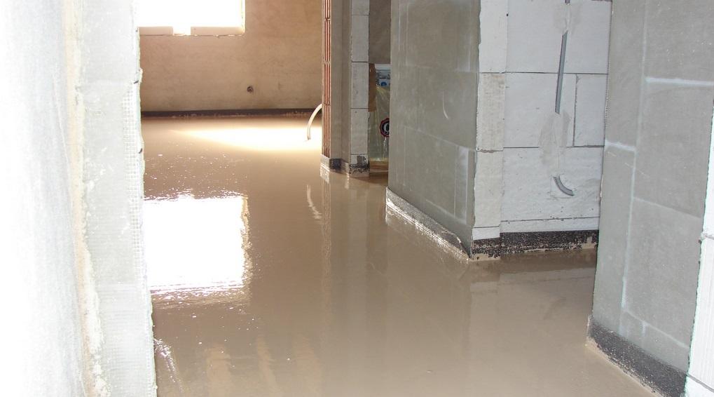 Anhydritové podlahy nahradí cementový potěr.